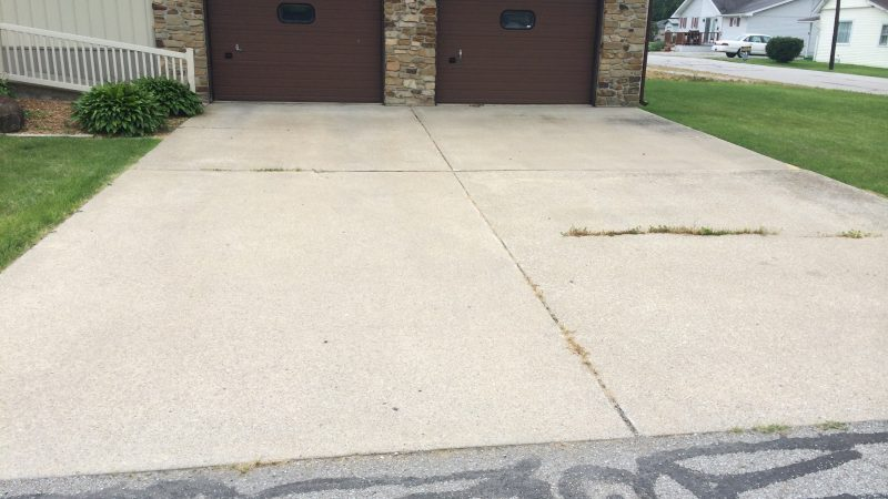 Concrete Driveway Cleaning: Before