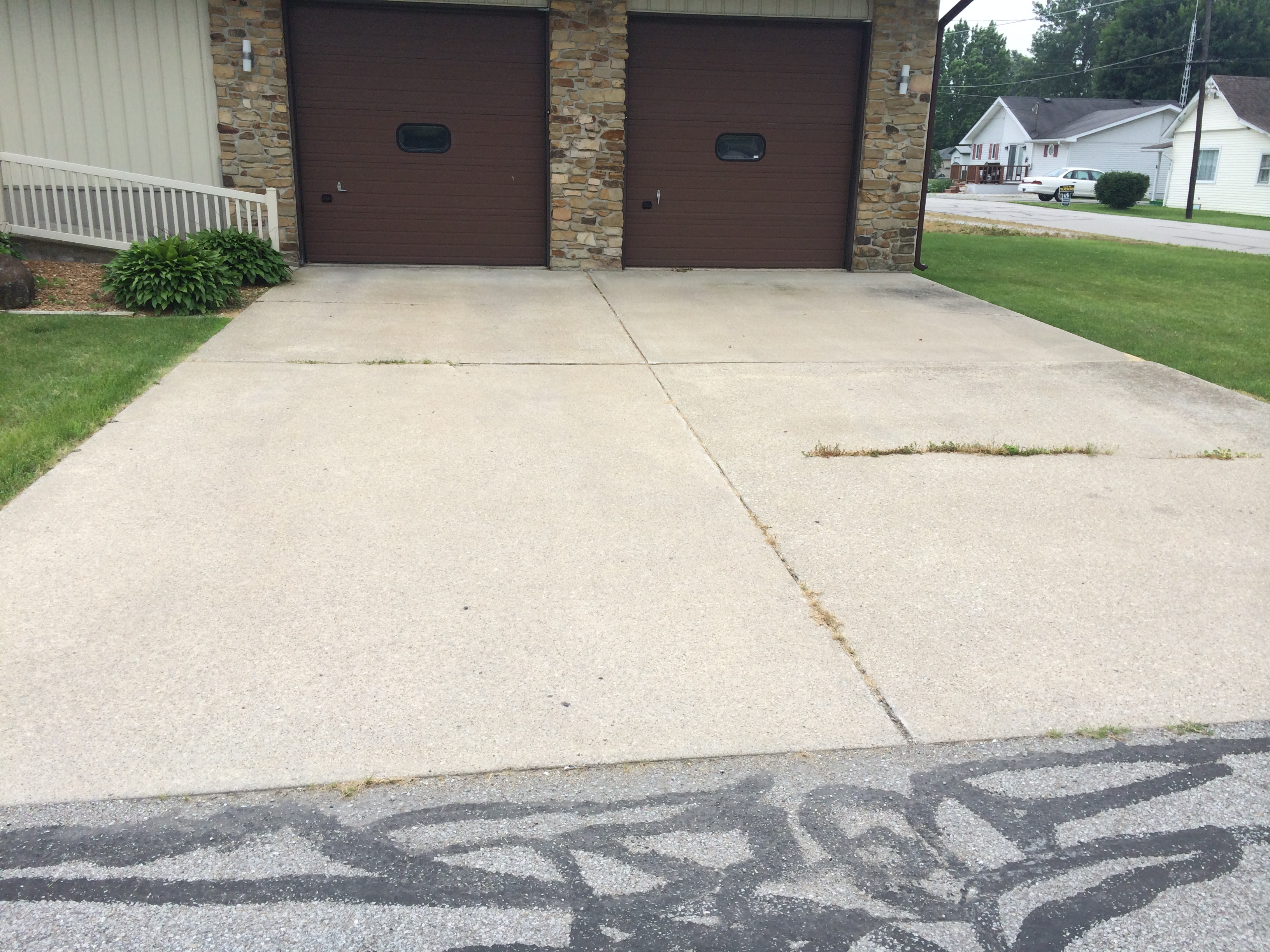 Concrete washing concrete sealing driveway sealing for Cement driveway cleaner